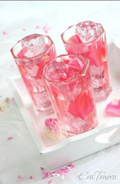 Rose petal iced tea by Eva Toneva.