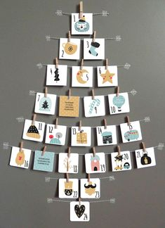 Christmas Wall Decoration Ideas That Are Refined and Modern Christmas decors – Hike n Dip Modern Christmas Decor, Christmas Mood, Christmas Photo Cards, Christmas Humor, Christmas Crafts, Christmas Decorations, Holiday, Homemade Advent Calendars, Cardboard Box Crafts