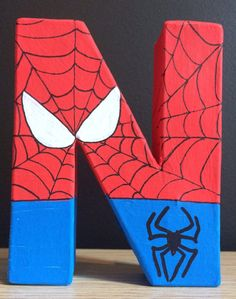 Vengadores/Marvel Superhéroes pintadas Letras Avengers Birthday, Superhero Birthday Party, 3rd Birthday Parties, Boy Birthday, Spiderman Theme, Painting Wooden Letters, Idee Diy, Disney Crafts, Diy And Crafts