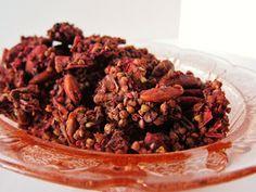 Raw Chocolate Berry Love Granola: Fragrant Vanilla Cake