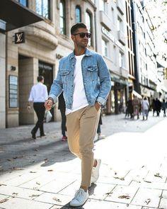 5 Denim Jacket Outfits For Men is part of Jackets men fashion - Denim love Dressy Casual Attire, Casual Wear For Men, Casual Outfits, Mens Fashion Blog, Denim Fashion, Fashion Wear, Fashion Styles, Street Fashion, Fashion Outfits