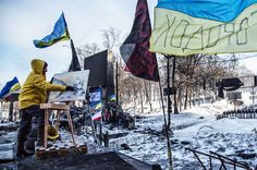 In Pictures: Ukraine's waiting game