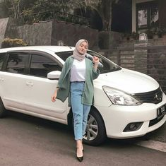 New Ideas Style Hijab Casual Pants – Hijab Fashion 2020 Modern Hijab Fashion, Street Hijab Fashion, Hijab Fashion Inspiration, Fashion Ideas, Photoshoot Inspiration, Fashion Games, Fashion 2018, Dress Fashion, Trendy Fashion