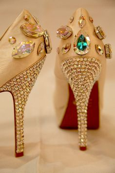 #Swarovski Pumps...wow!!!  #High Heels #2dayslook #highstyle #heelsfashion  www.2dayslook.com