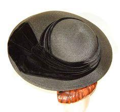 Vintage 40s Hat Black Straw & Velvet Wide Brim