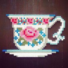 Vintage tea cup hama perler beads by tamatek - Pattern: https://www.pinterest.com/pin/374291419009336462/