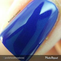 """by @polishedlikeaboss """"#macro of Blake, part of the Shifty Neons collection by @dailyhuesnaillacquer which releases on May 31st. Details of this polish are in my previous post!  #indieaday #macromanis #dailyhuesnaillacquer #polishedlikeabossdailyhues #shiftyneons #indiebossstyle #indienails #indie411 #indiemanis #indienailpolish #indiepolish #indieswatch #indienailpolishes #supportindienailpolish #nailsofig #mani #manisofig #notd #instanails #polishaddict #nailsofig #instagramnails…"""