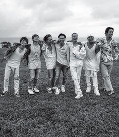 (画像1/3) 三代目J Soul Brothers from EXILE TRIBE/雑誌「月刊EXILE」7月号より(画像提供:LDH) - 三代目JSB、全員でハワイロケ グループの未来像とは?「幸せの形や愛情の形も変わっている」