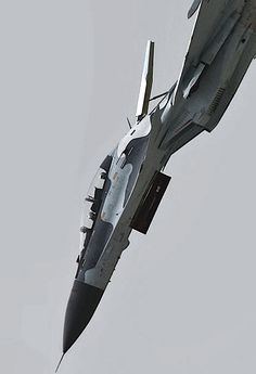 "Russian fighter jet in dive with ""air brake"" deployed"
