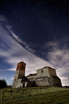 La Iglesia y las Estrellas by Jes�s M. Garc�a � on 500px