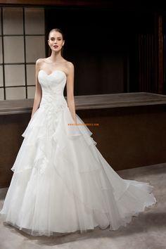 Robe de mariée tulle sans manches dos nu col en coeur princesse pas cher