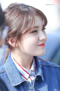 Cute Korean, Korean Girl, Korean Beauty, Asian Beauty, Kim Chungha, Choi Yoojung, Sana Momo, Jeon Somi, Cute Girl Photo
