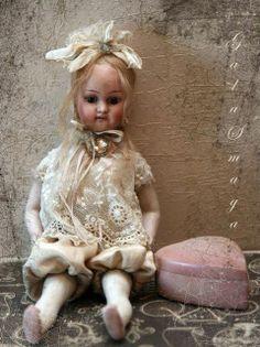 Gala Smaga doll antique head