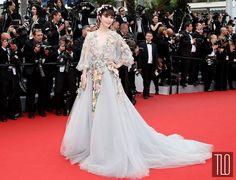 Fan-Bingbing-2015-Cannes-Film-Festival-Mad-Max-Fury-Road-Movie-Premiere-Red-Carpet-Fashion-Marchesa-Tom-Lorenzo-Site-TLO (9)