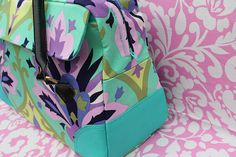 Make your own bag. This looks so pro. Someday I will be selling bags