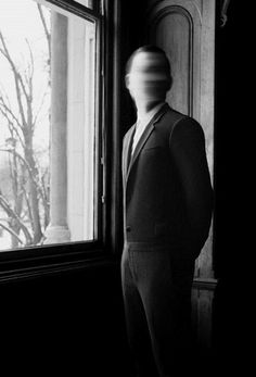 The Haunts of Molly's Souper - Patrons have reported seeing the shadowy figure of a man standing on the porch...