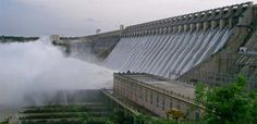 CAG blames Maharashtra government for cost and time overruns in irrigation projects.