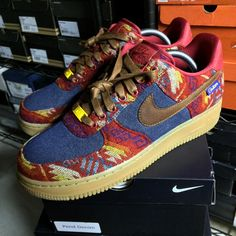 Nike Air Force 1 Low ID Pendleton cálido y seco - Nike Air Max, Air Max 1, Air Force Shoes, Nike Shoes Air Force, Air Force 1, Sneaker Dress Shoes, Sneaker Boots, Steampunk Shoes, Sneakers Fashion