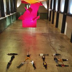 participants at the event lie on the floor of the Tate Modern's Turbine hall spell out the word T-A-T-E Historical Society, Historical Sites, Photography Gallery, Art Photography, Turbine Hall, Digital Strategy, Installation Art, Art History, Marriage