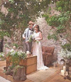 このドレス細く見えるし、シンプルで大人っぽくてすごく好きミラーミラーさんでレンタルしました✨#emmahunt のドレスです #結婚式 #ウェディング #ブライダル #プレ花嫁 #プレ花嫁卒業 #結婚式準備 #卒花嫁 #卒花 #iri1211 #trunkbyshotogallery #タキシード #wedding #披露宴 #披露宴会場 #ナチュラルウェディング #ガーデンウェディング #ミラーミラー #オリジナルウェディング #高砂