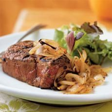 Grilled Filet Steak and Arugula