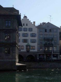 Hirsch auf dem Dach! Zurich, Mansions, House Styles, Home, Decor, Ad Home, Luxury Houses, Homes, Decorating