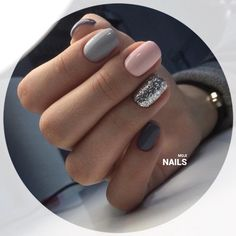 """If you're unfamiliar with nail trends and you hear the words """"coffin nails,"""" what comes to mind? It's not nails with coffins drawn on them. It's long nails with a square tip, and the look has. Gorgeous Nails, Love Nails, My Nails, Shellac Nails, No Chip Nails, Style Nails, Beautiful Gorgeous, Nagel Stamping, Nail Swag"""
