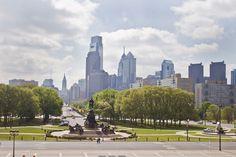 Eakins Oval on the Benjamin Franklin Parkway in Philadelphia. (Credit: M.Edlow for GPTMC)