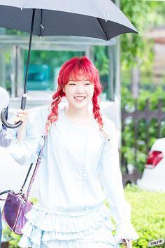 suhyun - akdong musician- slaying full time