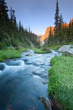 This stream is fed from Lake Odessa and the Odessa Gorge. The prominent peak in the background is Notchtop Mountain. Grand Lake Colorado, Colorado Hiking, Cool Places To Visit, Places To Go, Moraine Park, Before Sunrise, Rocky Mountain National Park, Natural Wonders, Rocky Mountains