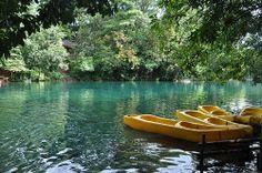 Kayak, river and wonderful landscape by Bia Miranda on Flickr - nice shot