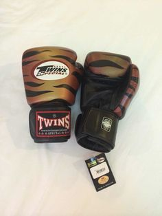 Boxing, Martial Arts & Mma Twins Uk Flag Boxing Gloves 10oz 12oz 14oz 16oz Thai Kickboxing Sparring Fight Colours Are Striking