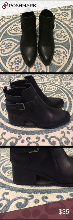Mia booties Only worn once! In perfect condition. Casual pointed bootie for everyday wear. MIA Shoes Ankle Boots & Booties