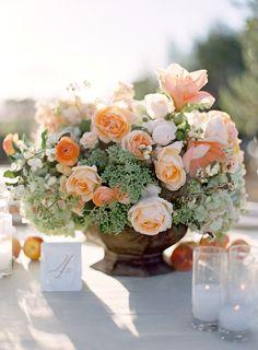 Al Fresco Wedding in Santa Ynez : Peach and pink wedding centerpiece Farm Wedding, Chic Wedding, Wedding Table, Floral Wedding, Wedding Colors, Wedding Flowers, Elegant Wedding, Wedding Peach, Wedding Mandap