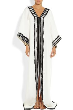 Off-white silk Black appliqué, slit front Slips on silk Dry clean Arab Fashion, Muslim Fashion, Modest Fashion, African Fashion, Boho Fashion, Gothic Fashion, Street Fashion, Estilo Kaftan, Estilo Boho
