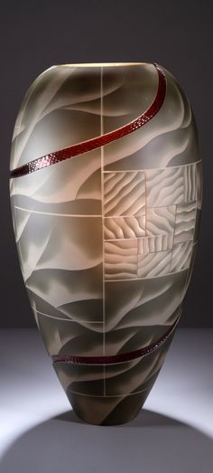 Glass Engraver Kevin Gordon (Norwegian: 1968)