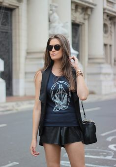T-shirt e colete    por Vitoria Portes | Vitoria Portes       - http://modatrade.com.br/t-shirt-e-colete