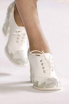 ...pretty shoes...