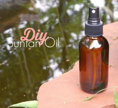 Diy Tanning Oil Discover DIY Suntan Oil - Jenni Raincloud Learn how to make a DIY Suntan Oil that will not only protect you from the sun but will also hydrate and smooth your skin. Homemade Tanning Lotion, Best Tanning Oil, Coconut Oil Tanning, Natural Tanning Oil, Self Tanning Lotions, Diy Lotion, Sun Tanning, Body Lotions, Sun Tan Oil