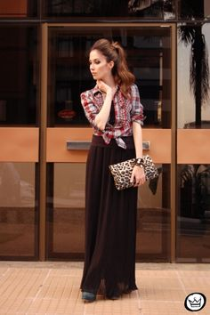 Plaid shirt, black maxi skirt. Loves this idea wonder if I could pull if off...