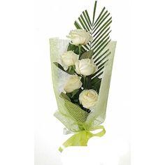 Артикул: 035-106 Состав букета: 5 роз белого цвета, декоративная зелень, оформление Размер: Высота букета 60 см Роза: Выращенная в Украине http://rose.org.ua/bukety-iz-roz/1034--pjaterochka.html #букеты #букетроз #доставкацветов #RoseLife #flowers #SendFlowers #купитьрозы #заказатьрозы   #розыпоштучно #доставкацветовкиев #доставкацветовукраина #срочнаядоставка #заказатьрозыкиев
