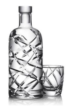 Absolut Cristal Bottle | Numbered & handmade by Skogsberg&Smart. The kit comes with one bottle, 2 glasses and a leather case $1.400,00