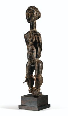Statue, Baule  haut. 38,5 cm - Les sculptures dont l'esthétique tend vers l'épure géométrique sont extrêmement rares dans la statuaire Baulé.