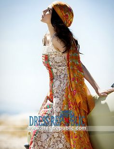 Sana Safinaz Lawn Prints 2014 - 2015 in United Kingdom  Designer Pakistani Lawn Dresses 2014: Sana Safinaz Lawn Prints 2014 - 2015 in United Kingdom. Call London, UK:  44 208 123 4031. by www.dressrepublic.com