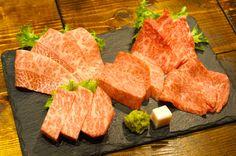 1日10食限定のマルウシロックが凄すぎ!黒毛和牛がお手頃価格の銀座「マルウシミート」は肉好きの聖地だ - ぐるなびWEBマガジン