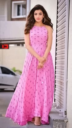 Marvel Hindi Movies Kajal Aggarwal photography and beautiful pictures Indian Dresses, Indian Outfits, Organizer Box, Frock For Women, Frock Dress, Dress Skirt, Kurti Designs Party Wear, Saree Styles, Saree Blouse Designs