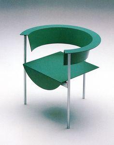 chair design in green Shigeru Uchida, 1988 Modern Chairs, Modern Furniture, Furniture Design, Furniture Ideas, Muebles Art Deco, Design Creation, Design Apartment, Memphis Design, Take A Seat
