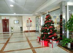 ¡Navidad, Navidad, dulce Navidad! ♫ 🎅 Hoy es martes y para llevarlo mejor te cantamos  un poquito para que tengas un bonito día navideño 😉 . . . #HotelCarlosBenidorm #HotelCarlosI #HotelBenidorm #Hotel #CostaBlanca #CiudadBenidorm #TurismoCostaBlanca #Turismo #Benidorm #Navidad #ÁrboldeNavidad #Regalos #DecoraciónNavideña #FelizNavidad #decoracion #Villancico #ConcursoNavideño #ConcursoFacebook #Sorteo #SorteoNavidad #SorteoFacebook #Concurso