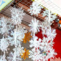 9pc small White Snowflakes Christmas Decorations Supplies Hanging Ornaments Gift in Home & Garden, Parties, Occasions, Balloons, Decorations | eBay