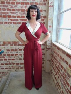 "The Vintage Inspired ""Gloria"" Wrap Siren / Jump Suit in Wine with Cream Contrast Collar by The Seamstress of Bloomsbury Hollywood Fashion, 1940s Fashion, Vintage Fashion, Vintage Style, 1940s Style, Retro Style, 1940s Dresses, Vintage Dresses, Vintage Outfits"